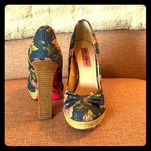 Betsey Johnson denim and wood chunky heel